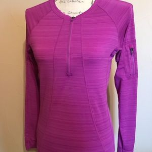 Athleta Long Sleeve Active Wear Top